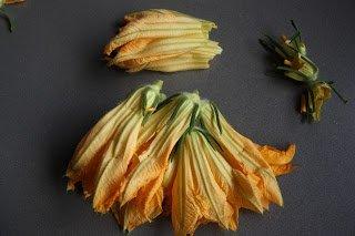 cocinar flores de calabacín